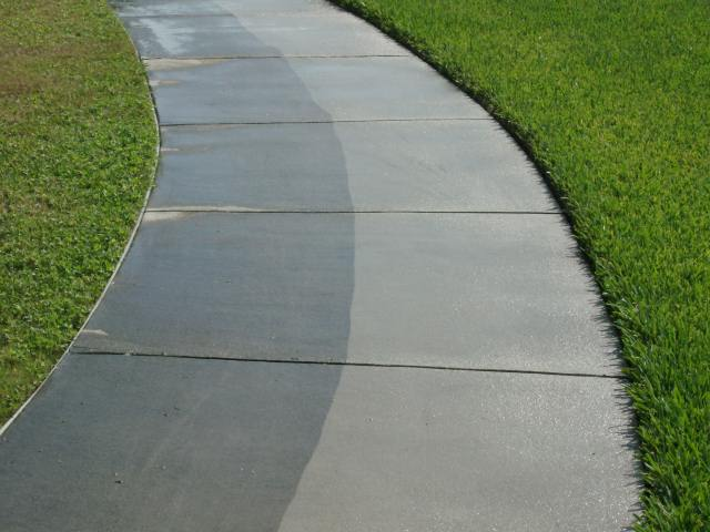 Easy tips on concrete cleaning earth scouts for Cement driveway cleaner