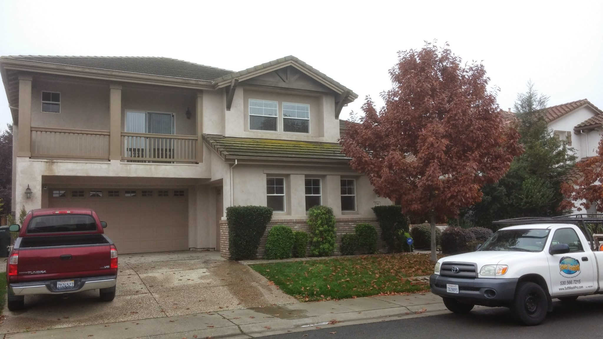 roof cleaning in Sacramento